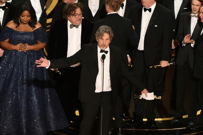 O produtor de 'Green Book', Peter Farrelly, recebe o Oscar de melhor filme em 24 de fevereiro de 2019