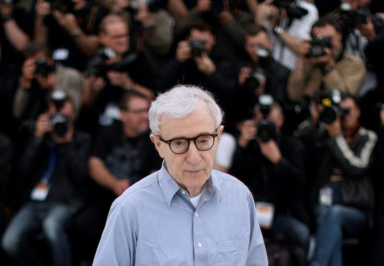 Nos últimos meses, o diretor de cinema americano Woody Allen se viu envolvido em uma batalha legal com a gigante Amazon.