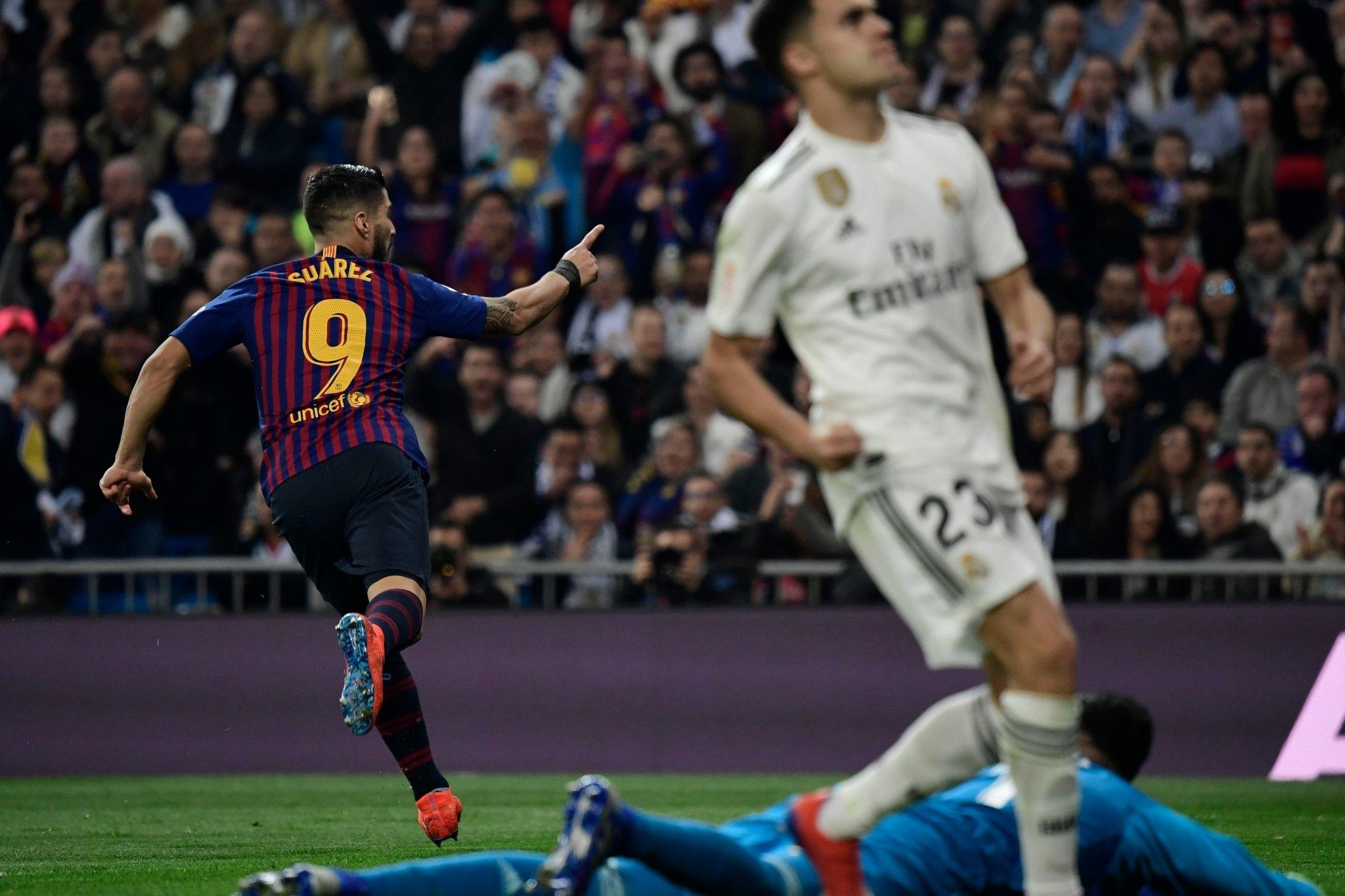 Luis Suárez decidiu o jogo com dois gols e participação direta no outro
