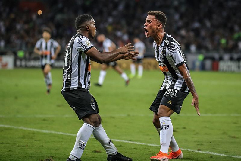 Marquinhos e Bruninho jogam bem e levam Atlético à vitória