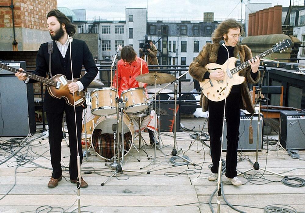 Imagens do último shows dos Beatles, no telhado da Apple Records, em 30 de janeiro de 1969.