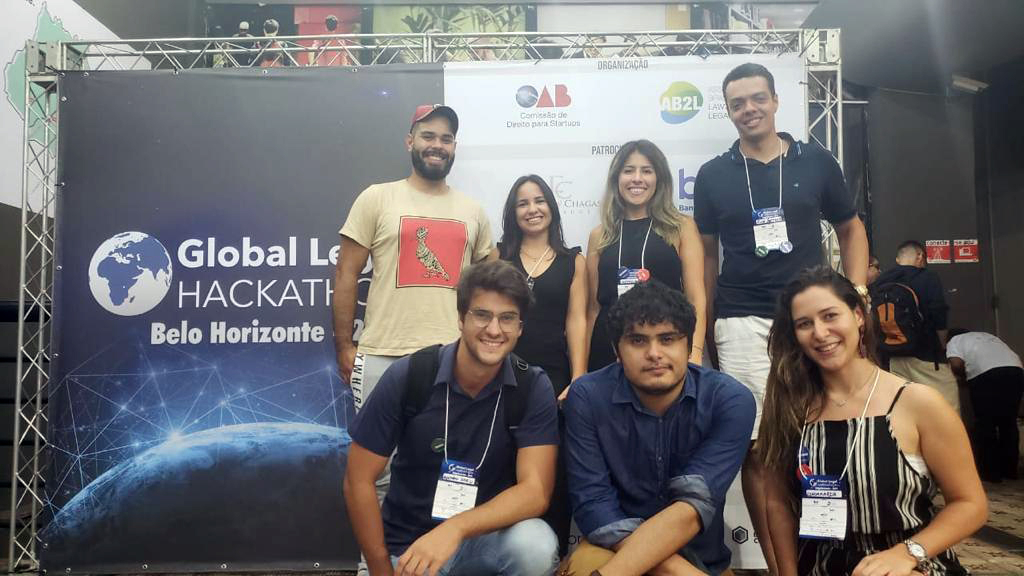 A equipe da egressa Rafaela Silva conquistou o 1º lugar com a plataforma RevisePrev.