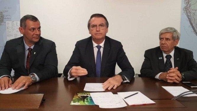 Os vídeos só confirmam o despreparo generalizado que assola Brasília desde o primeiro de janeiro.