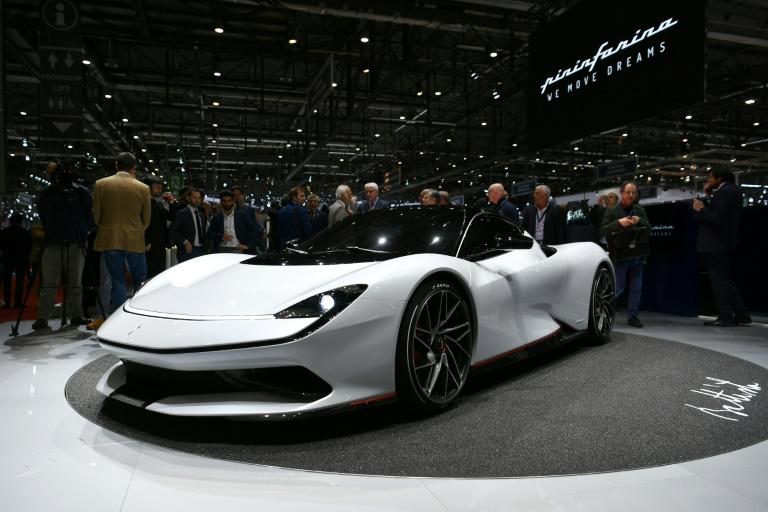O modelo Pininfarina Battista é exibido à imprensa no Salão do Automóvel de Genebra em 5 de março de 2019