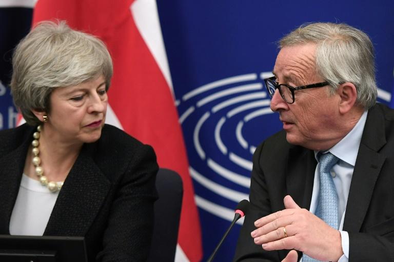 A solução apresentada por May e Juncker em Estrasburgo consiste em um intrincado