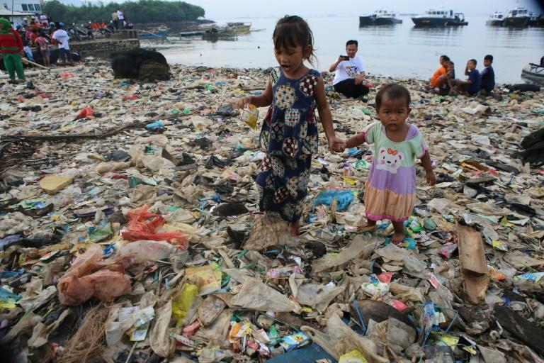 O relatório calcula que a poluição atmosférica provoca entre 6 e 7 milhões de mortes prematuras por ano.