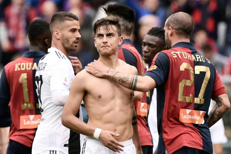 O Genoa de Stefano Sturaro, um dos autores dos gols da vitória, acabou com a invencibilidade da Juventus no campeonato italiano