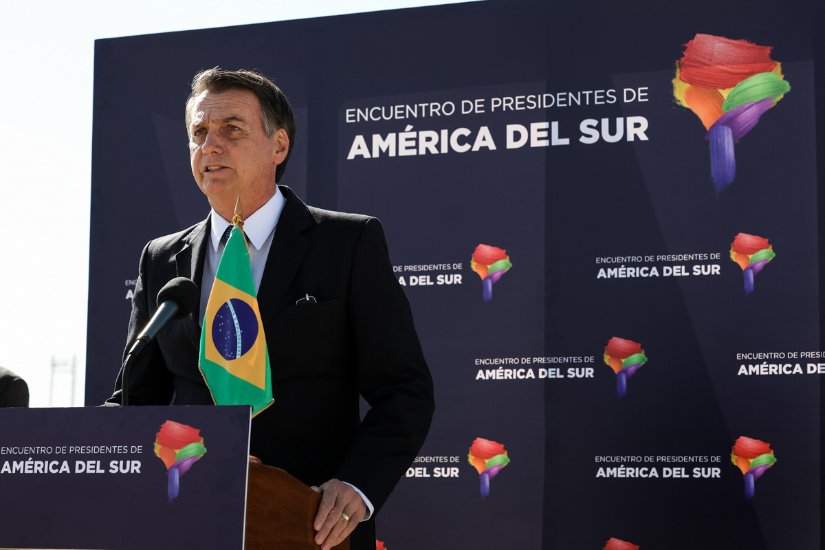 Bolsonaro tentou se afastar, novamente, do chamado 'toma lá dá cá'