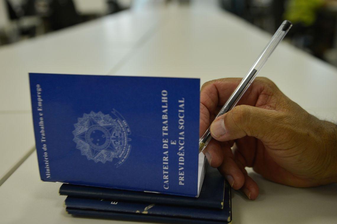 """Segundo o secretário especial de Previdência e Trabalho do Ministério da Economia, Rogério Marinho, há sinalização de """"retomada consistente"""" do emprego no país."""
