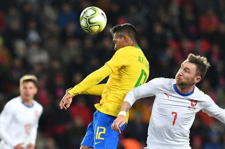 O Brasil venceu a República Tcheca em Praga por 3 a 1 depois de começar perdendo