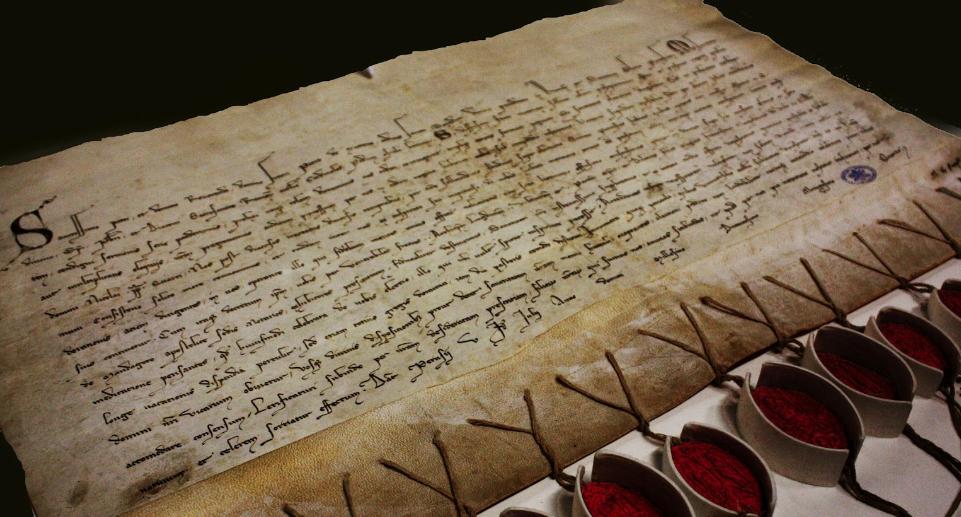 Manuscrito do arquivo secreto do Vaticano.