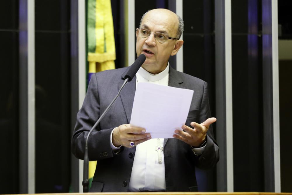 Dom Valdir Mamede participa de sessão solene em homenagem a CF 2019 na Câmara dos Deputados no dia 12 de março.