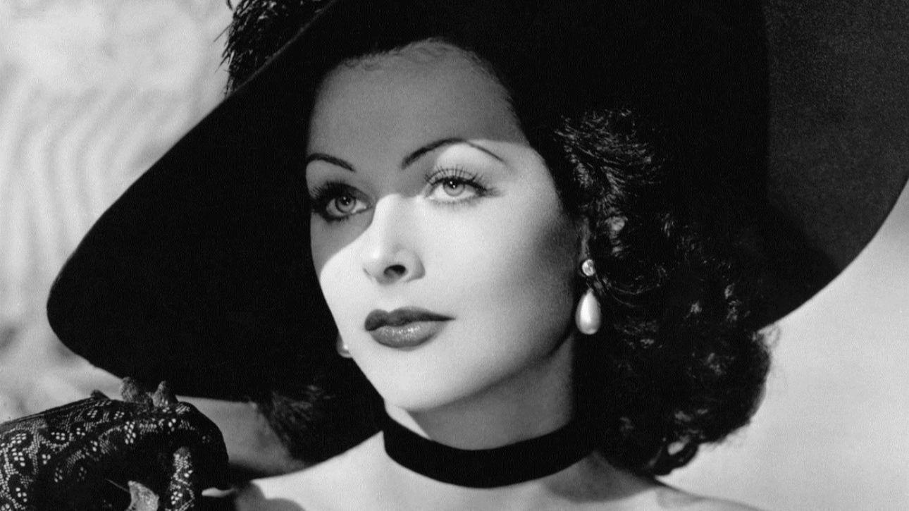 Hedi Lamarr não conseguiu foi ser reconhecida os pelos seus dotes menos evidentes, onde obteve sucessos mais importantes.