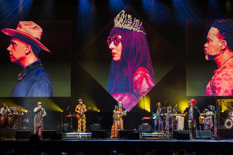Apresentação dos Tribalistas, formado por Arnaldo Antunes, Carlinhos Brown e Marisa Monte, no primeiro dia da 8ª Edição do Lollapalooza 2019.