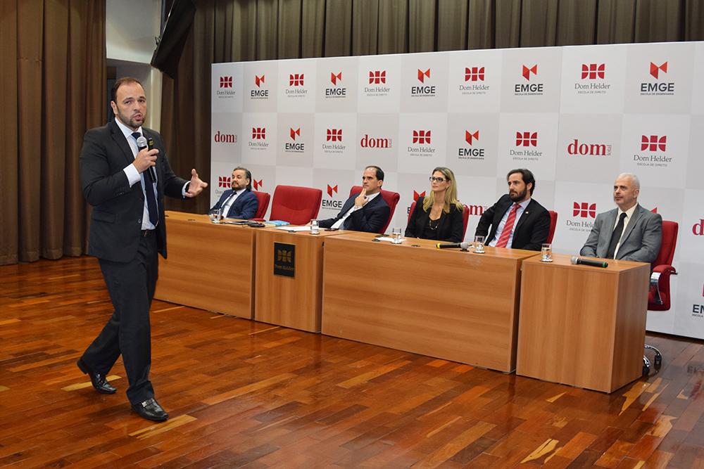 Cairo Costa Duarte é Superintendente da Polícia Federal em Minas Gerais.