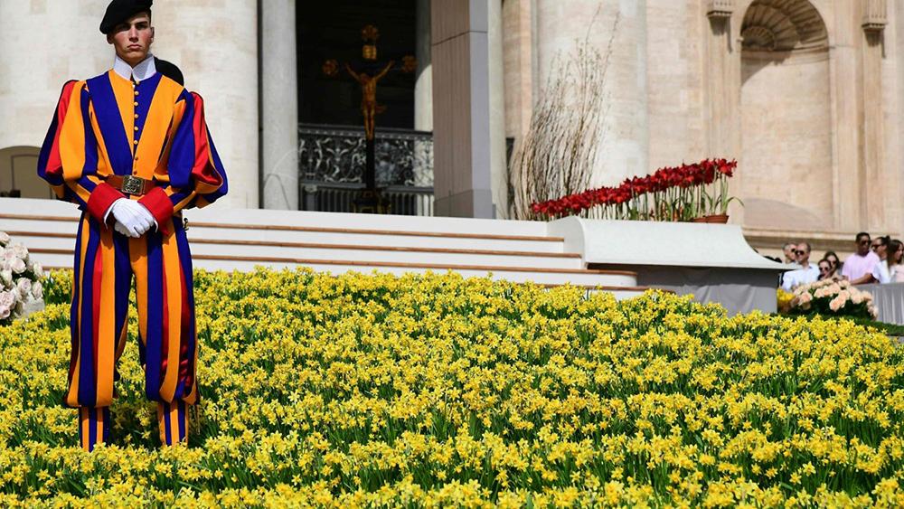 """O papa Francisco retomou seu ciclo de catequeses sobre a oração do """"Pai-Nosso"""", comentando hoje a frase """"assim como nós perdoamos a quem nos tem ofendido""""."""