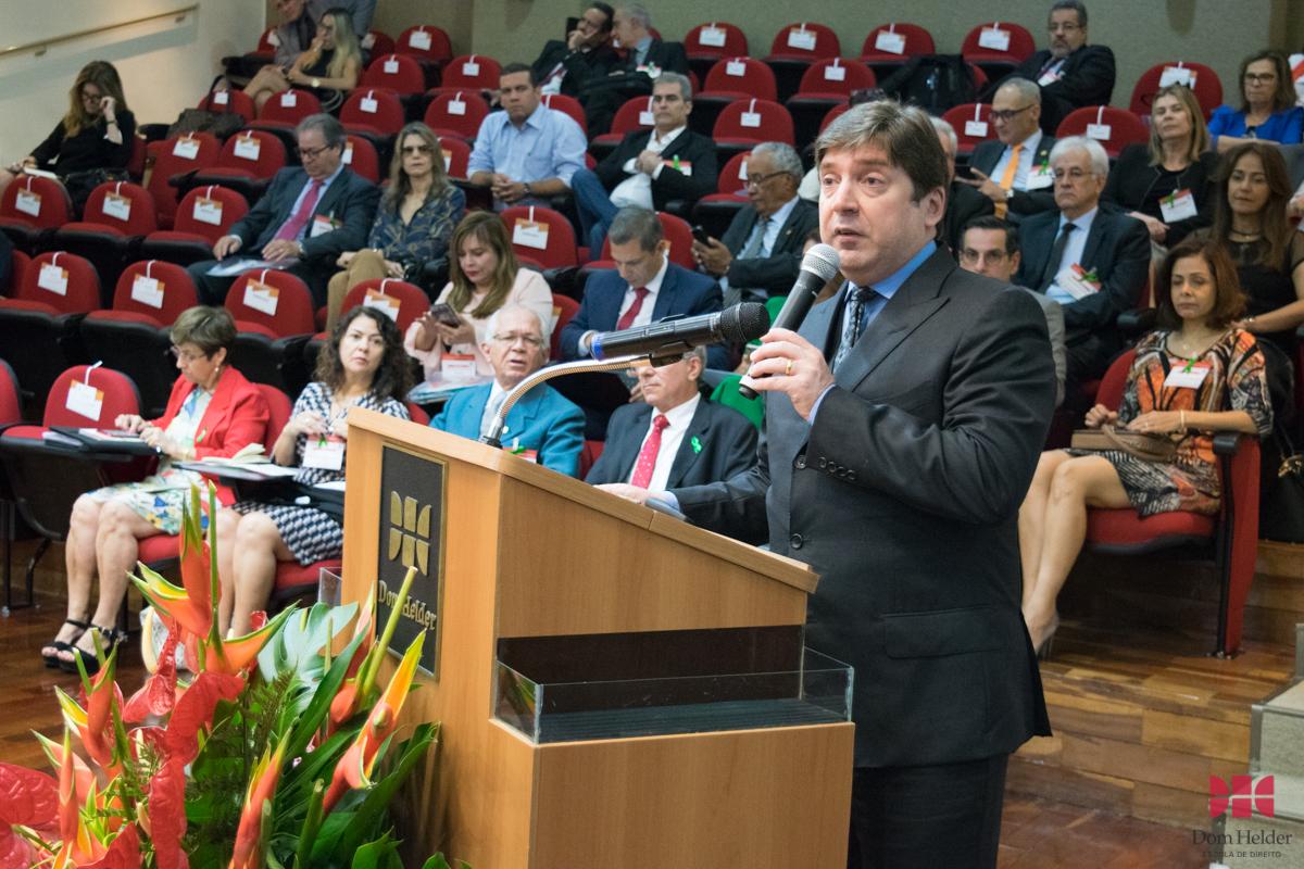 Guilherme Feliciano, presidente da Anamatra, profere a conferência 'Direito Ambiental do trabalho no Brasil: efetividade dos princípios da precaução e da prevenção nos grandes acidentes'.