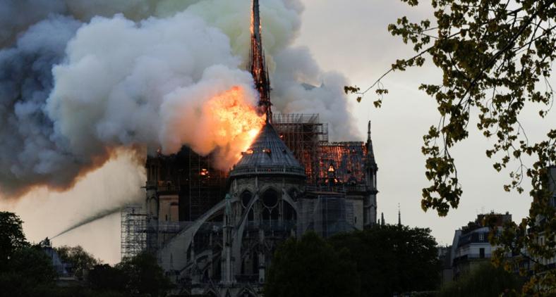 O que nos leva à questão de como devem ser feitos os restauros destas preciosidades. (AFP)