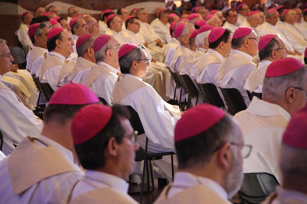 Missa durante a 57ª Assembleia Geral da CNBB em 8 de maio, em Aparecida/ SP.
