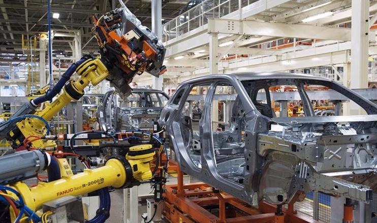 O conceito de Indústria 4.0 propõe uma importante mudança de paradigma em relação à maneira como as fábricas e empresas operam nos dias de hoje.