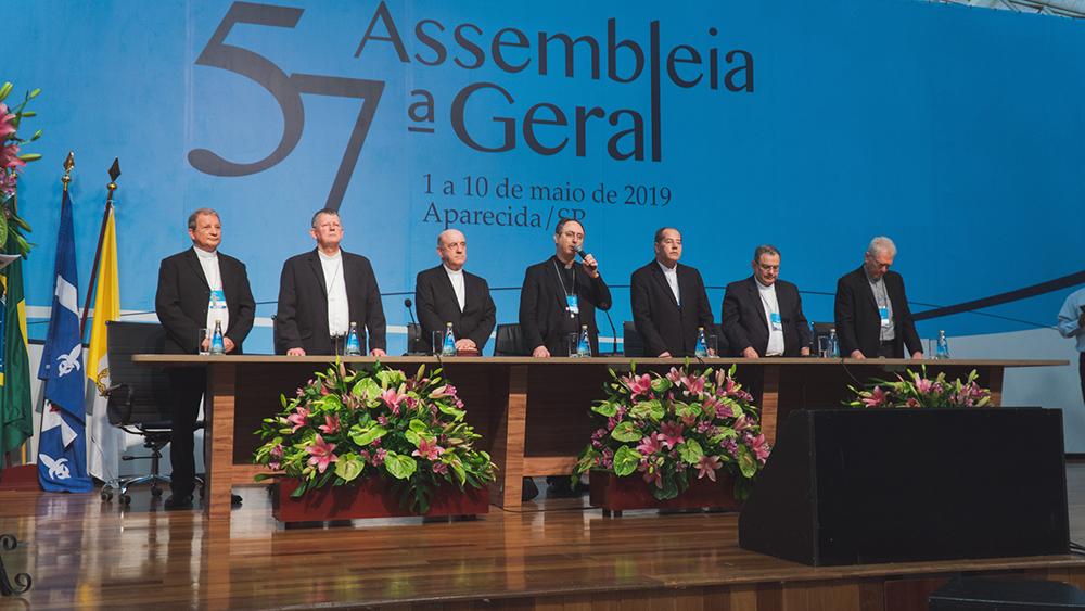 Arcebispo de Belo Horizonte é o novo presidente da CNBB.