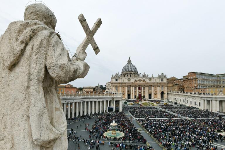 Praça de São Pedro no Vaticano.