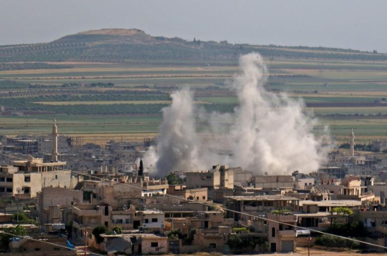 Desde o final de abril, as forças do regime de Bashar al-Assad e a aviação russa intensificaram seus bombardeios no sul de Idlib e em zonas próximas