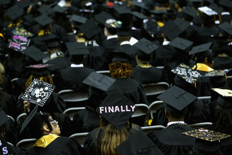 Estudantes da Bowie State University na cerimônia de formatura, em 17 de maio de 2013, em College Park, Maryland