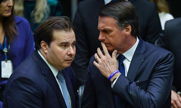 Maia afirmou não estar preocupado com o líder do governo e nem com o governo.