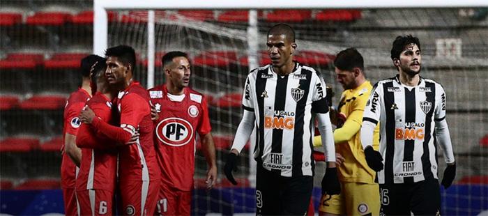 Para se classificar para a próxima fase da competição, o Atlético terá que vencer por dois gols ou mais de diferença, pois uma vitória por 1 a 0 leva a decisão para os pênaltis.