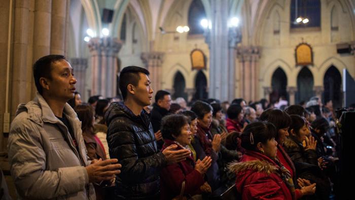 O pontífice também exortou os católicos chineses a