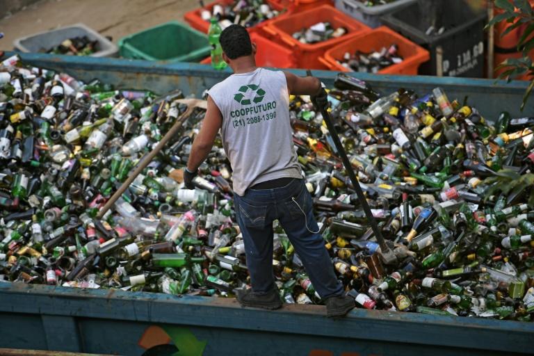 Brasil é o quarto maior produtor de lixo plástico do mundo