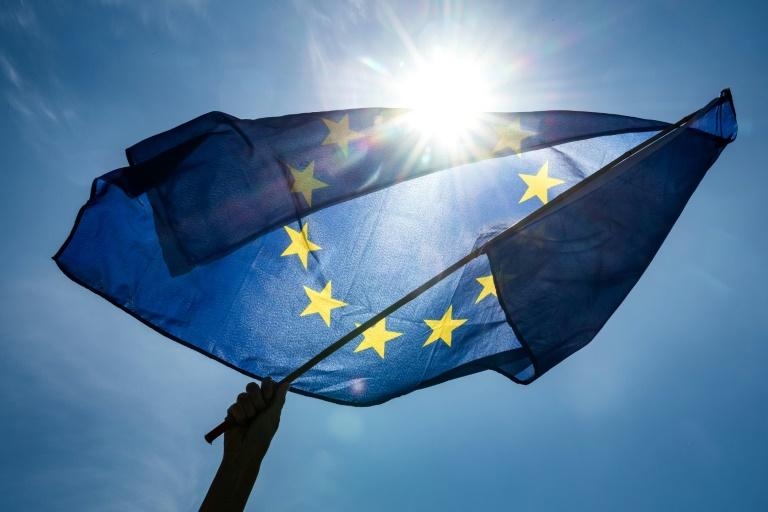 (Arquivo) Os partidos pró-Europa manteriam a maioria na Eurocâmara, com o reforço da progressão de liberais e ambientalistas frente às formações eurocéticas de direita