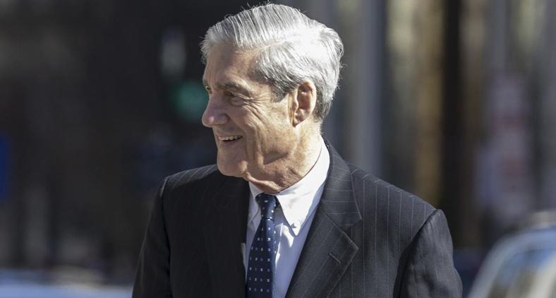 O presidente quase demitiu o próprio promotor especial da investigação, Robert Mueller. (Tasos Katopodis/Getty Images/AFP)