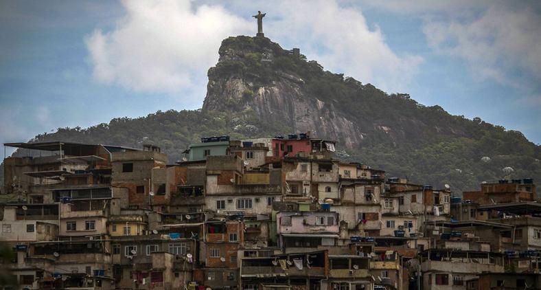 A preocupação central de Piketty é a desigualdade de 'riqueza' que ele define como uma alta concentração de recursos em um número relativamente pequeno de famílias. (Mauro Pimentel/AFP)