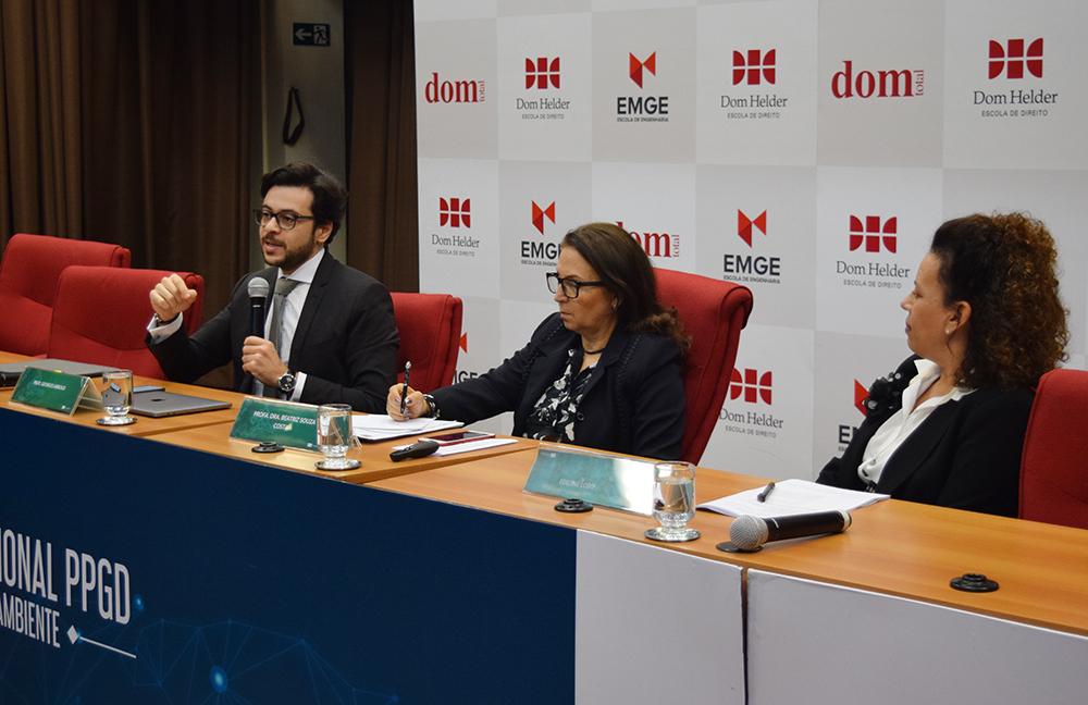 Professores Georges Abboud, Beatriz Souza Costa e Elaine Lobo.