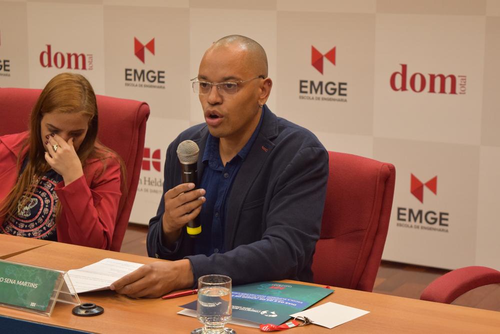 O professor da faculdade de Coimbra, Bruno Martins falou sobre o tema do painel 'O direito dos desastres e o desastre do direito'.
