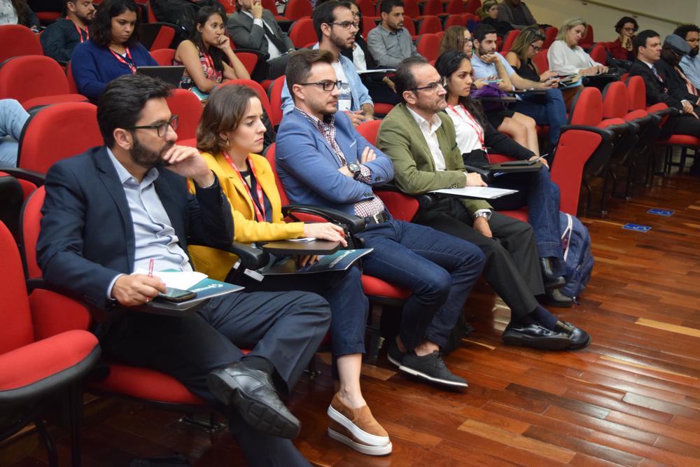 Professores da Dom Helder durante Congresso Internacional
