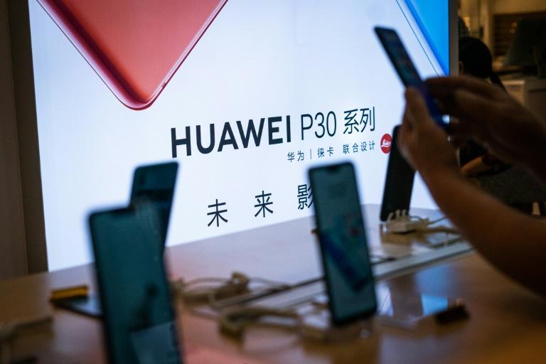 A Huawei, gigante tecnológica chinesa acusada de espionagem por Washington e que concentra boa parte da guerra comercial entre China e EUA.