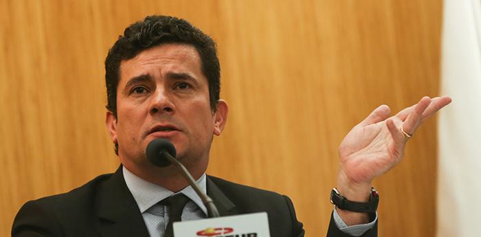 """""""Tanto o ministro Moro como os procuradores não enxergam em sua relação algo que fere um dos princípios do Estado de Direito"""