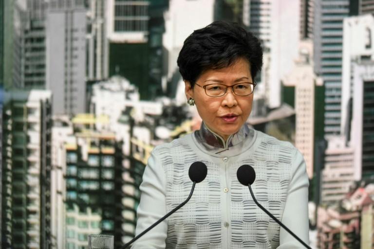 Chefe do Executivo de Hong Kong, Carrie Lam, estava sob forte pressão devido ao projeto de lei de extradição.