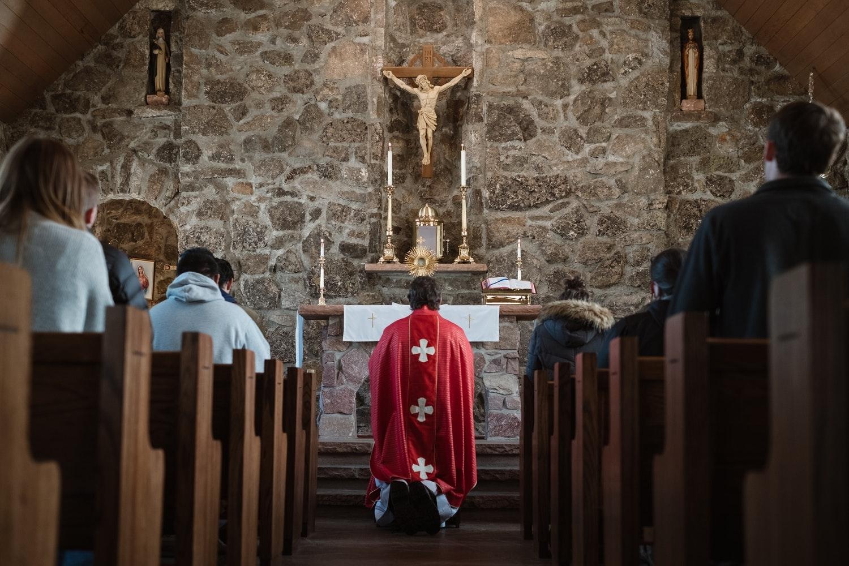 Celebrar o Corpo de Cristo deve nos ajudar a projetar o clima familiar e fraterno que envolve os nossos almoços de domingo na refeição eucarística.