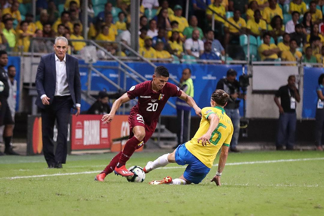 Brasil saiu de campo com o decepcionante resultado de 0 a 0 pela segunda rodada do Grupo A da Copa América.