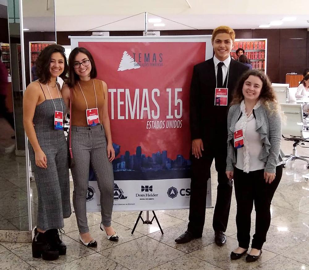 Alunos da Dom Helder participam da 15ª edição do Temas.