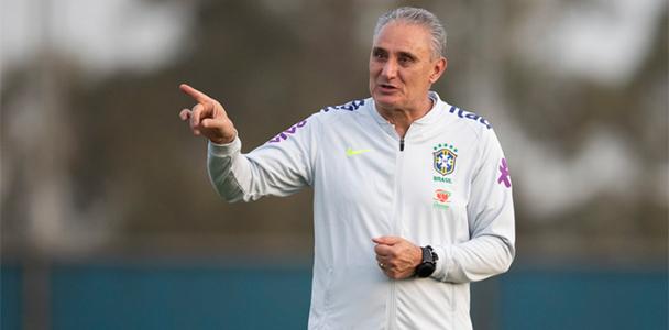 Em São Paulo, o treinador fez sólida carreira no clube de maior torcida do Estado, o Corinthians, e no Rio Grande do Sul foi campeão tanto pelo Internacional como pelo Grêmio. (CBF)