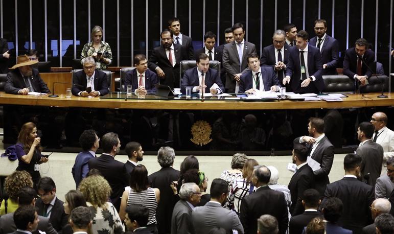Câmara dos Deputados terá semana agitada por reforma da Previdência.