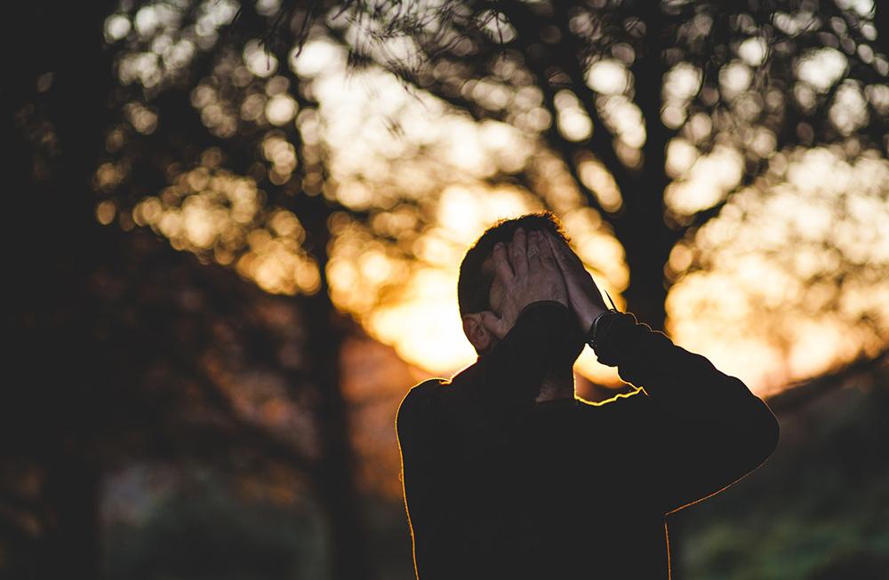 A dissonância cognitiva ocorre (muitas vezes, na vida de todos nós…) quando as nossas ideias, as nossas crenças e as nossas convicções não convergem com aquilo que a realidade, interior ou exterior a nós, nos devolve.