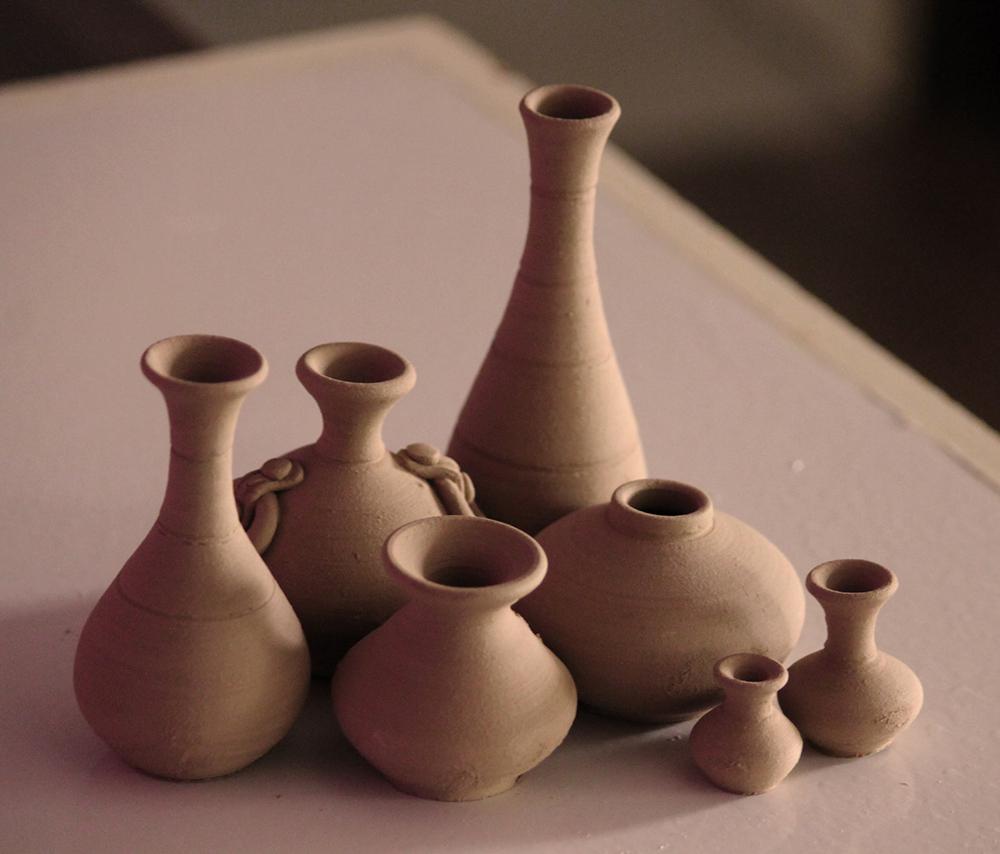 A Tradição consiste no tesouro da fé que carregamos, como em vasos de barro, e que nos foi transmitido pelos que nos precederam.