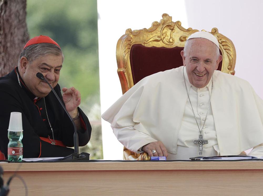 Papa Francisco e cardeal Crescenzo Pepe, arcebispo metropolitano de Nápoles.