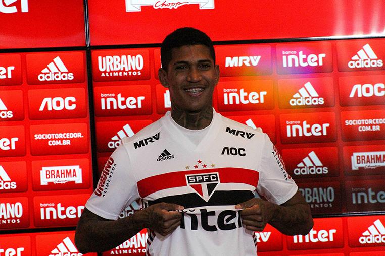 O atacante Raniel saiu do Cruzeiro e foi para o São Paulo durante a intertemporada.